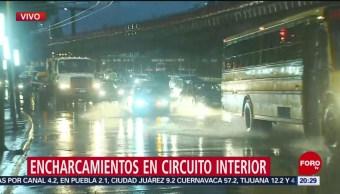 Reportan encharcamientos en Circuito Interior, CDMX
