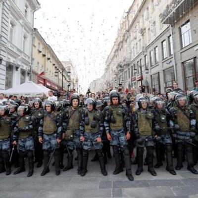 Detienen a 600 personas durante protesta opositora en Rusia