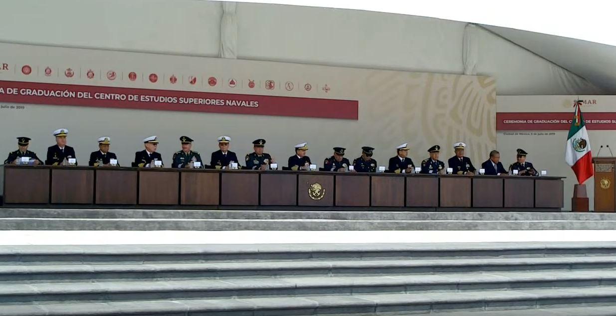 Foto: El secretario de Marina encabezó la ceremonia de graduación de los alumnos colegiados del Centro de Estudios Superiores Navales, el 6 de julio de 2019 (Secretaría de Marina YouTube)