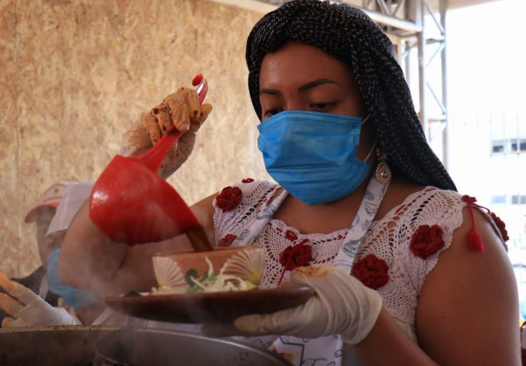 Semana de los Antojos, feria gastronómica de la Guelaguetza