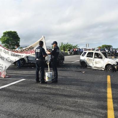 Quema de vehículos en Tabasco, reacción de delincuentes por Guardia Nacional: autoridades