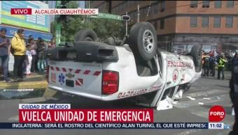 Vuelca unidad de emergencia en Eje Central, CDMX