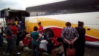 Choque entre dos autobuses deja tres lesionados en Zacatecas
