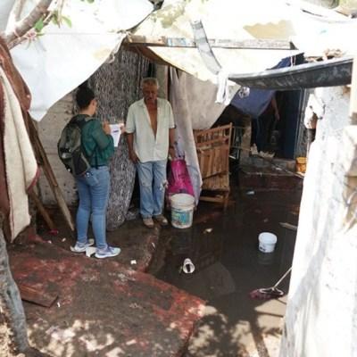 Tormenta desborda canal en Zapopan; reportan 70 viviendas afectadas