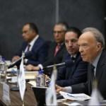 Alejandro Gertz Manero durante reunión con gobernadores.