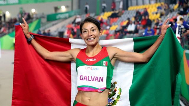 Foto: Laura Galván hizo sonar el Himno Nacional en Lima, 09 de agosto de 2019, (AP)