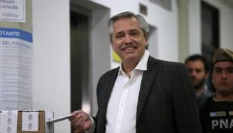 Foto: El opositor de centroizquierda Alberto Fernández, del Frente de Todos de Fernández, gana primarias presidenciales de Argentina, el 11 de agosto de 2019 (Reuters)