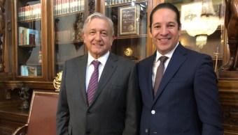 Foto: Esta tarde al presidente Andrés Manuel López Obrador se reunió con el presidente de la Conago, 6 de agosto de 2019 (Twitter @PanchDominguez)