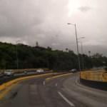 Foto: Los desprendimientos nubosos de esta zona de baja presión, reforzaran el potencial de lluvias fuertes, 18 de agosto 2019. (Twitter @RIVAC_OAX)
