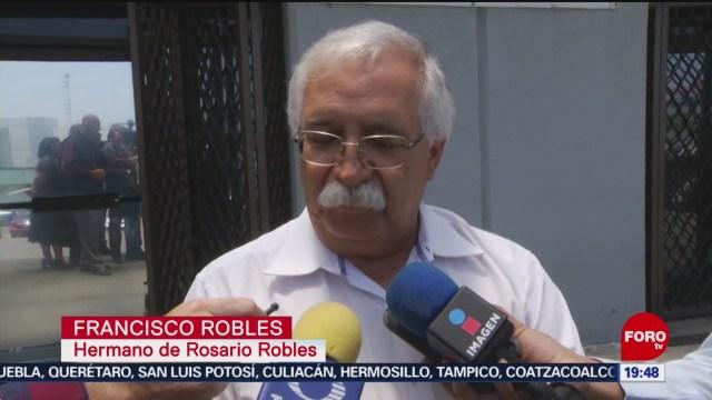 Foto: Familiares Rosario Robles Molestos Resolución Juez 15 Agosto 2019