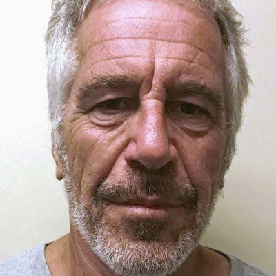 Jeffrey Epstein firmó su testamento dos días antes de suicidarse en su celda