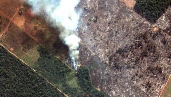 Foto: Imagen satelital de un incendio en la selva brasileña del Amazonas. Reuters