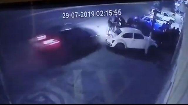 Foto: Una niña de 10 años murió durante el accidente en la calle Aguascalientes Sur. Captura de pantalla FOROtv
