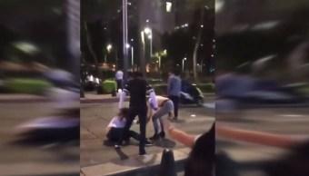 Foto: Una pareja golpeó a una mujer en Zona Rosa, en la Ciudad de México. YouTube/VivoCDMX Noticias