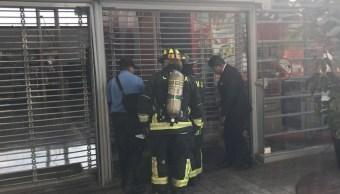 Foto: Sofocan incendio en un restaurante de comida en 'Plaza Tepeyac', 16 agosto 2019