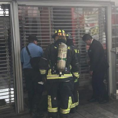 Sofocan incendio en centro comercial 'Plaza Tepeyac', en la GAM