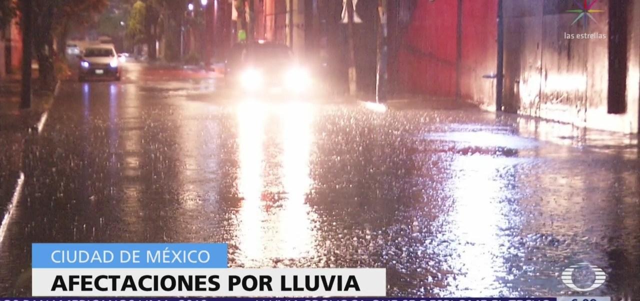 Lluvia causa afectaciones durante la noche en CDMX