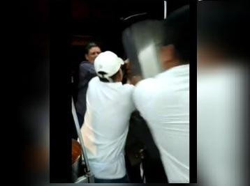 Video: Nace #LordTacos, pierde el control y atenta contra el trompo al pastor