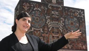 Mariel García Montes, egresada de la UNAM 2