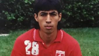 FOTO Muere el futbolista colombiano Diego Tello por leucemia (Facebook/Americaenlared)