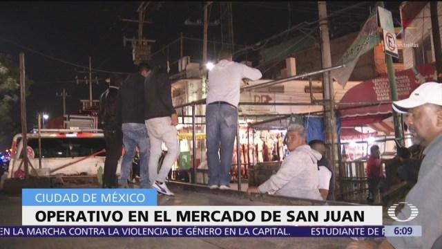 Operativo en el mercado de San Juan, CDMX
