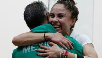 FOTO Paola Longoria, tricampeona de raquetbol en Juegos Panamericanos (AP)