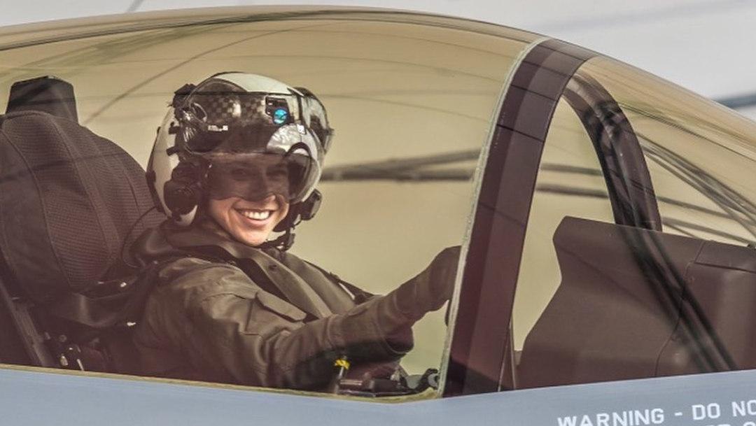 Foto Anneliese Satz la primera mujer que piloteará un avión militar F-35 16 agosto 2019