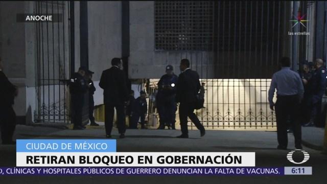 Retiran bloqueo de manifestantes afuera de la Segob