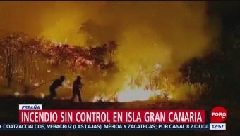 Sigue incendio en la isla de Gran Canaria, España