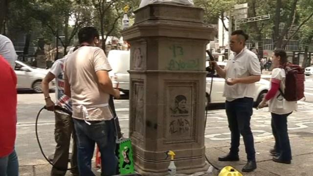 Foto: Según especialistas en restauración, si la piedra no se limpia ni se le retira el grafitti, con el tiempo, el aerosol continúa dañando la cantera, 27 de agosto de 2019 (Noticieros Televisa)