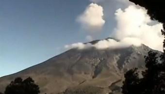 Volcán Popocatépetl emite columna de ceniza de 800 metros de altura