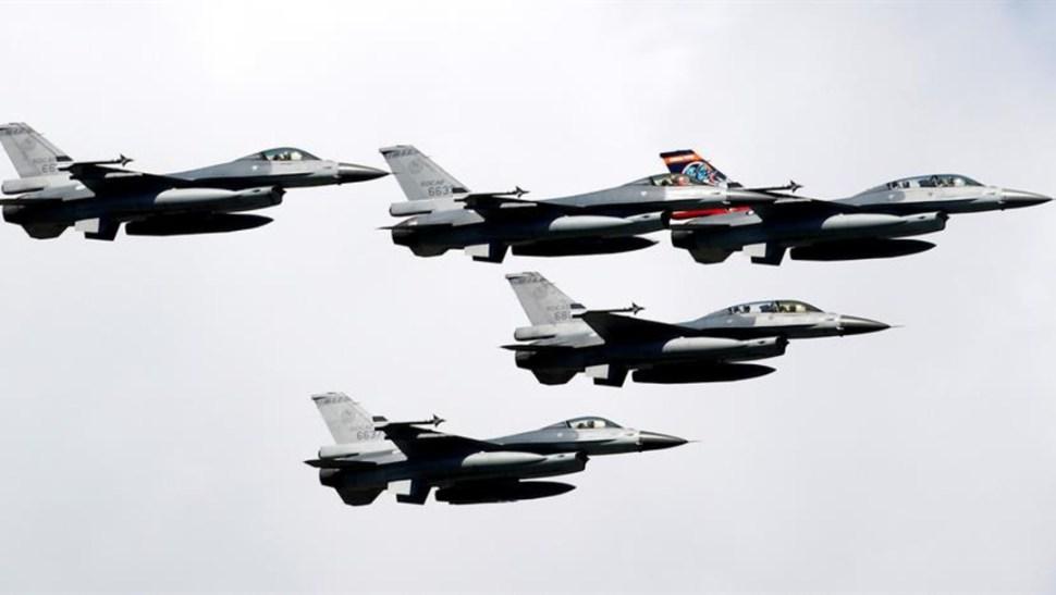 Foto: Además de los 66 aviones, Taiwán recibirá 75 reactores, radares y repuestos diversos que posibilitarán a su Fuerza Aérea mantener a sus aparatos en buen estado, 20 de agosto de 2019 (EFE)