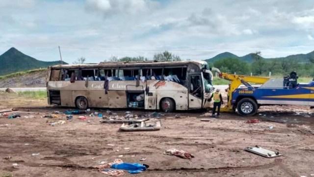 Se eleva a 42 cifra de lesionados tras accidente en carretera Guaymas-Hermosillo