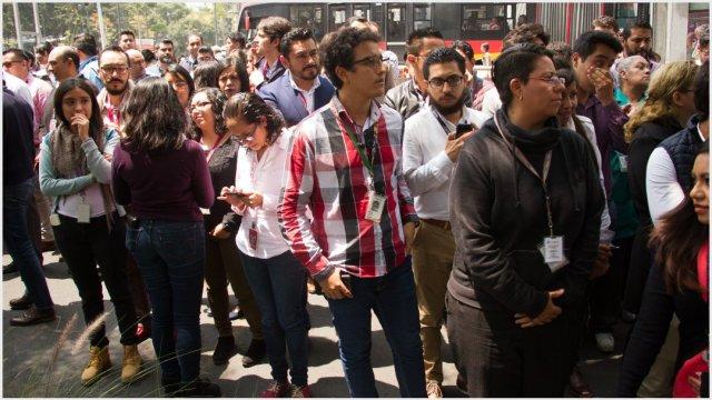 Imagen: Miles de personas participarán en el 'macrosimulacro' del jueves, 14 de septiembre de 2019 (VICTORIA VALTIERRA /CUARTOSCURO.COM)