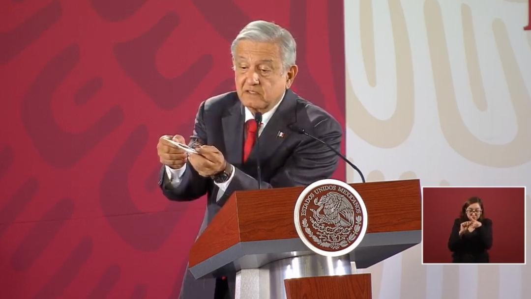 FOTO AMLO no presentará denuncia por cámara de video en Palacio Nacional (YouTube)