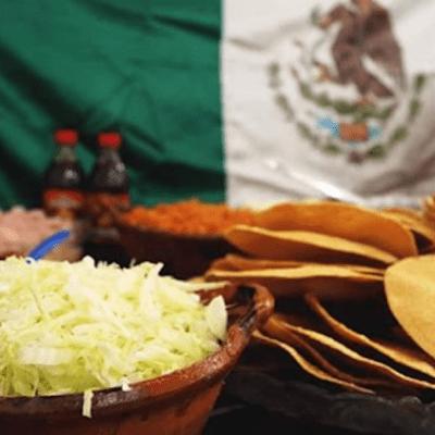 AMLO cambia cena lujosa del 15 de septiembre por convivio con aguas frescas y antojitos