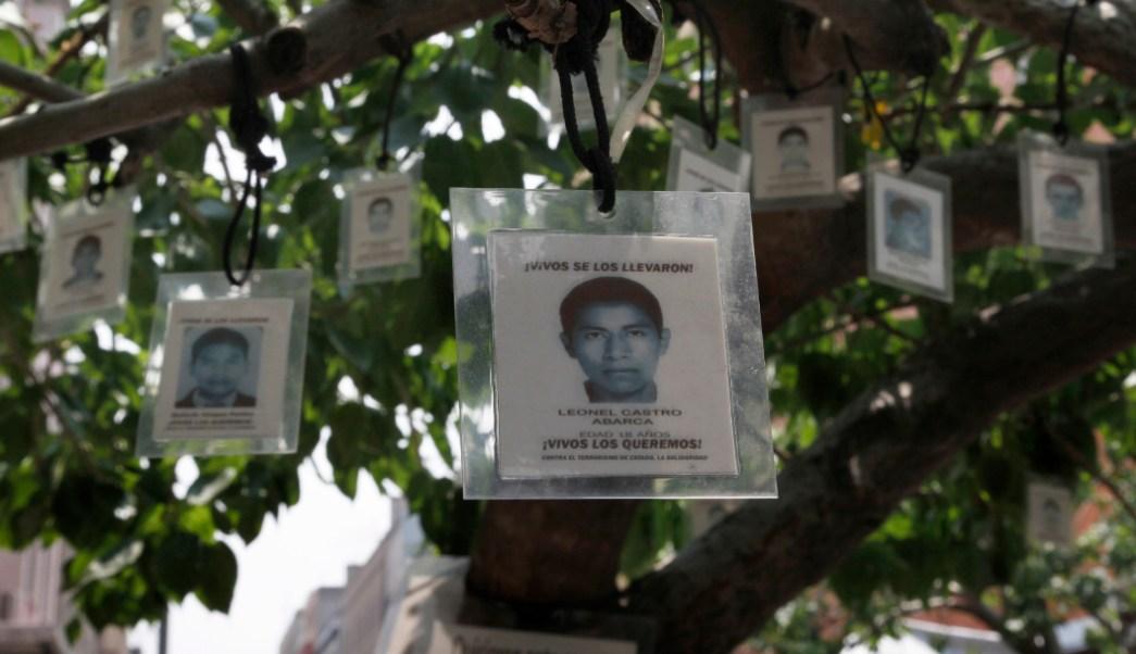 Foto: El presidente se comprometió a encontrar lo mas pronto posible a los estudiantes desaparecidos en 2014, 11 de septiembre de 2019 (AP, archivo)