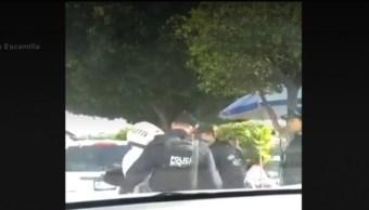 Foto: Agentes municipales detuvieron a policía de tránsito por multarlos, 15 de septiembre de 2019 (José Luis Escamilla)