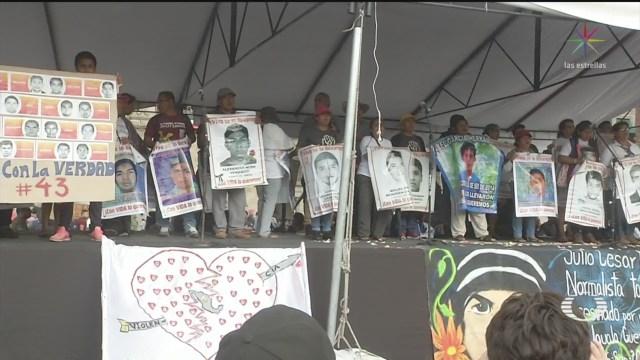 Foto: Marcha Padres 43 Normalistas Ayotzinapa 26 Septiembre 2019