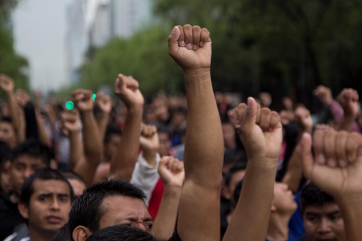 Foto:marcha ayotzinapata 43 estudiantes. Septiembre 2019