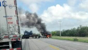Bloqueo en carretera de Tamaulipas