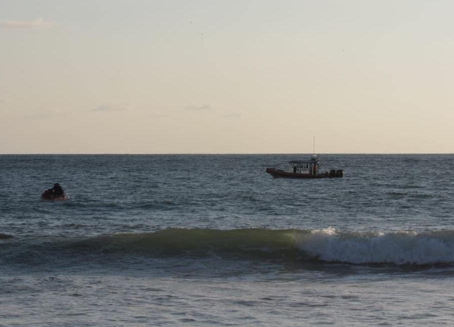 Localizan sin vida a estudiante que fue 'tragado' por el mar en Mazatlán
