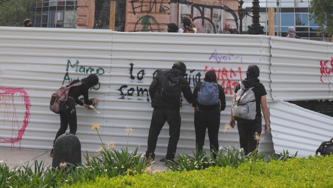 FOTO CCE pide sancionar a responsables de actos violentos en marchas (Cuartoscuro/Graciela López)