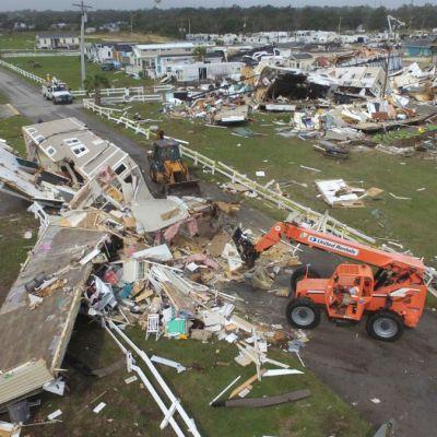 Huracán 'Dorian': van tres muertos en Florida y uno en Carolina del Norte