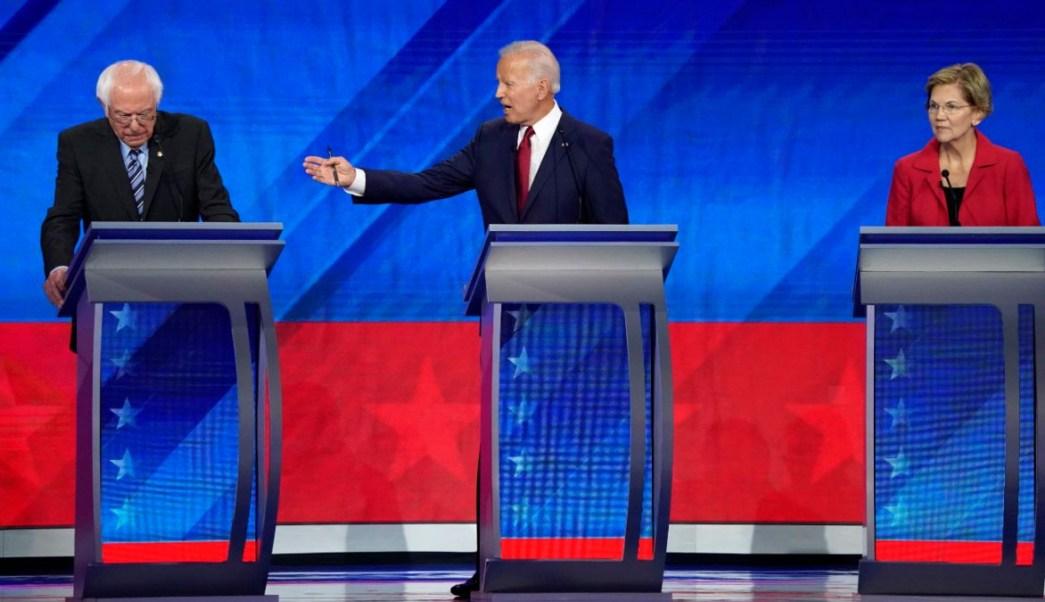 Foto: Joe Biden, Bernie Sanders y Elizabeth Warren durante el tercer debate demócrata. Reuters