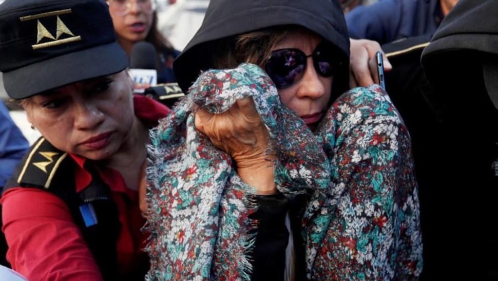 Foto: A su entrada a tribunales y en medio de periodistas que la cuestionaban sobre su detención, Torres dijo sentirse mal, 2 de septiembre de 2019 (EFE)
