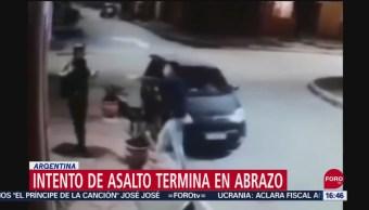 FOTO: Hombre se arrepiente de asalto porque la víctima era su amigo, 29 septiembre 2019