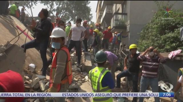 Homenaje a las víctimas de los sismos de 1985 y 2017