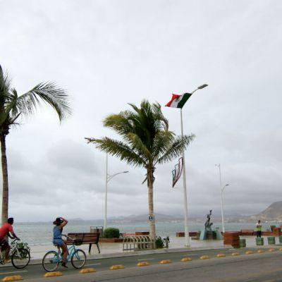 Declaran emergencia en La Paz y Los Cabos por Lorena