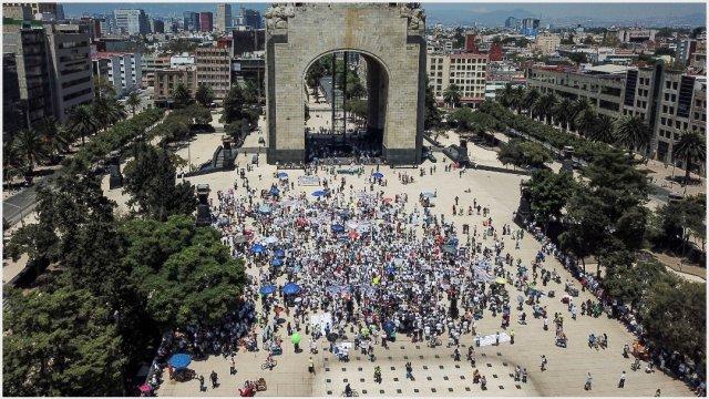 Imagen: Cientos se manifestaron contra el Gobierno en el Monumento a la Revolución, 15 de septiembre de 2019 ( ISAAC ESQUIVEL /CUARTOSCURO.COM)
